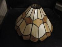 TIFFANY STYLE VINTAGE CEILLING LAMPSHADE IN PERFECT CONDITION