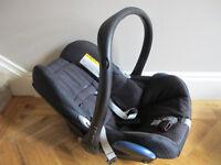 Maxi-Cosi Cabriofix Baby Car Seat and Maxi-Cosi EasyFix Base