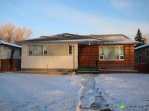 $365,000 - Bungalow for sale in North River Heights