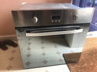 Hotpoint single electric oven for sale, oven not heating but can be repaired by an expert