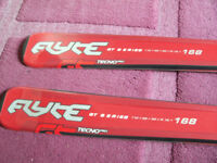 168cm 16.1 B80 Tecno Pro Flyte GT Series Skis Bindings Red Silver Black NEW COLLECTION ONLY BRIGHTON