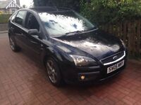 "NICE LOOKING "" BLACK FORD FOCUS 1.6 GHIA 5 DOOR 1 YEAR MOT 17"" ALLOYS"