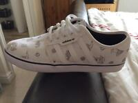 Adidas Seeley Trainers Size 9.