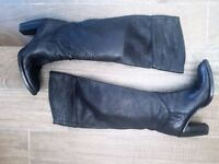 Quality leather over the knee boots - black - size 36