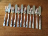 Set of 6 Viners silver plated fish knives and forks