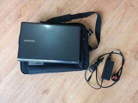 Laptop - Samsung 355V5C