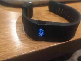 Fitbit charge hr in black boxed