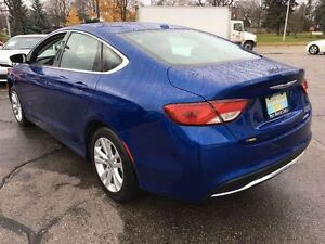 2016 Chrysler 200 Limited   BLUETOOTH   NO ACCIDENTS Kitchener / Waterloo Kitchener Area image 4