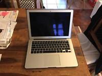 "Apple MacBook Air 13"" (Mid 2012) 256gb SSD 4gb RAM Intel i5 1.8ghz"