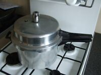 Tower Stove top Pressure Cooker.