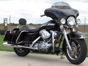 2003 harley-davidson FLHT Electra Glide  100th Anniversary  ONLY London Ontario image 5