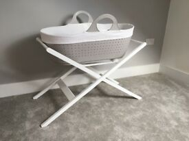 Mobo Moses Basket grey and white John Lewis stand