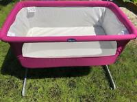 Chicco next to bed baby crib