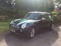 Mini Cooper 1.6 petrol 54 plate 3 door hatchback
