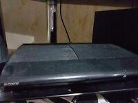 Playstation 3 Super Slim + 9 Games