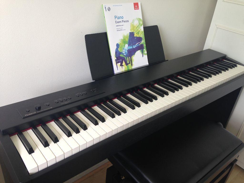 Piano Teacher Tutor Lessons Willesden Green, Kilburn, Cricklewood, Wembley, West London - ABRSM