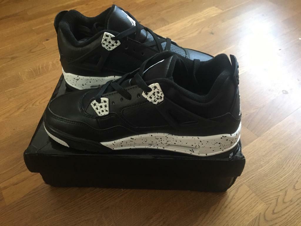 7627174b Nike air Jordan RETRO 4 sizes 8.5/9 in stock | in Tadcaster, North ...
