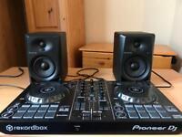 DDJ-RB DJ controller with Pioneer DM-40 speakers