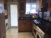 Large single rooms in Wood Green