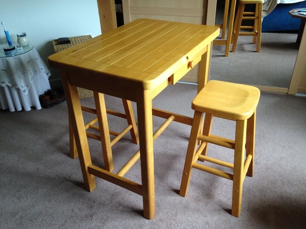 Small Kitchen Table And Chairs For Two: Small Kitchen Table And 2 Matching Stools