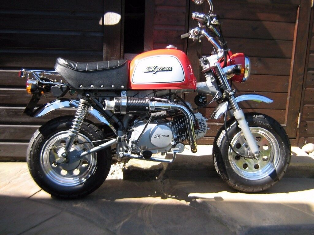 monkey bike skyteam 125cc road legal less than 800. Black Bedroom Furniture Sets. Home Design Ideas