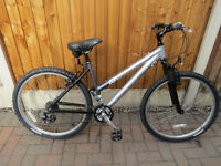 LADIES RALEIGH MOUNTAIN BIKE GREAT CONDITION.READY TO RIDE.