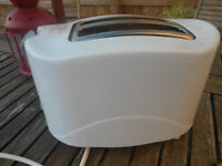 Toaster includes toasting dial for the toast that you want.