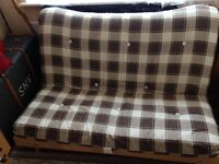 Fouton sofa/bed good quality very good condition