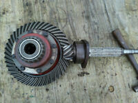 International 414 434 444 differential inc. crown wheel and pinon