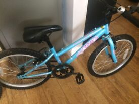 Girls apollo bike w17 inches
