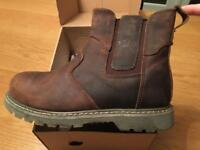 Site mudguard safety boots - size 7