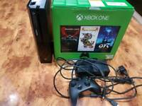 Xbox One 500GB in Excellent Condition