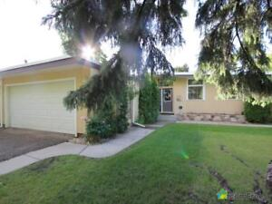 $519,000 - Bungalow for sale in St. Albert
