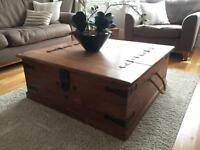 Large storage central Ottoman / Chest