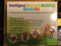Intelligent Magnetic Building Blocks Set