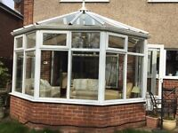 Lovely conservatory 3m x 3.5m with made to measure ceiling blinds. £600 ono