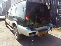 breaking black nissan terrano 4x4 turbo diesel parts spares repairs