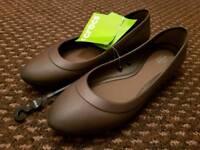 Crocs Lina Flats - Size 7