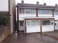 A well presented three bed Semi Detached house TO LET