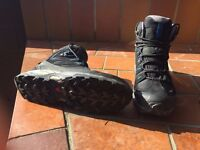 SALOMON walking boots size 43.5 As new, worn once New £180