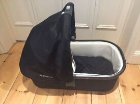 Uppababy Carrycot/Bassinet for Sale - in EXCELLENT Condition!