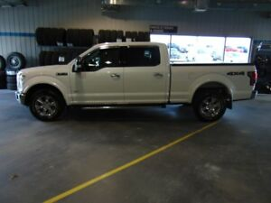 2015 Ford F-150 4WD SUPER CREW 157'' WB LARIAT
