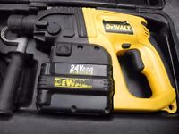 Dewalt Drill Dw005 With 3 Batteries, Charger and Case