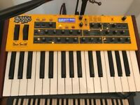 Dave Smith Instruments Mopho (Keyboard)