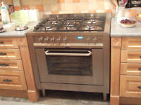 900MM HOTPOINT GAS/ELECTRIC 5 BURNER OVEN