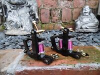 PAIR OF PRO HAND BUILT BLUED IRON FRAME TATTOO MACHINES PINK HAND WOUND COILS