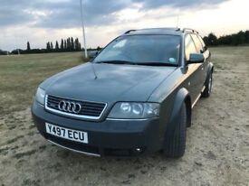 Audi Allroad - Metalic Green, Manual, Sunroof, 7 Seater