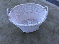 Log /laundry basket
