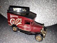 Model Walkers Crisps mini van