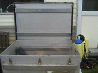 aluminium tool//storage box
